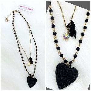 BETSEY JOHNSON Black and Gold Layered Necklace BN